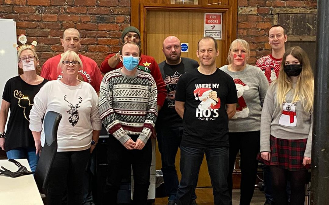 Crosby spreads Christmas cheer for Save The Children